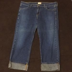 Levi's Junior's cropped low rise jeans.  Size 13